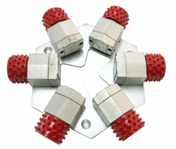 6 bush hammerów Red Line 60 pinów z płytą montażową do HTC 800/950/1500/2500/ Duratiq