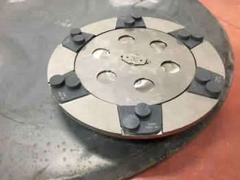 Zestaw dysków do zacieraczki 2x1170/1230 mm z głowicami obrotowymi na rzep